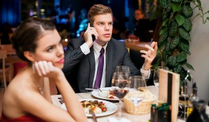 3 semne ca nu este interesat sa aiba o relatie serioasa