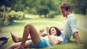3 calitati pe care barbatii le gasesc atragatoare la femei (pe langa atuurile fizice)