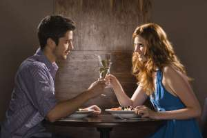 5 alimente pe care sa le eviti cu orice pret la prima intalnire