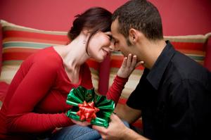 Ai o noua iubita Cum abordezi problema cadoului de Craciun