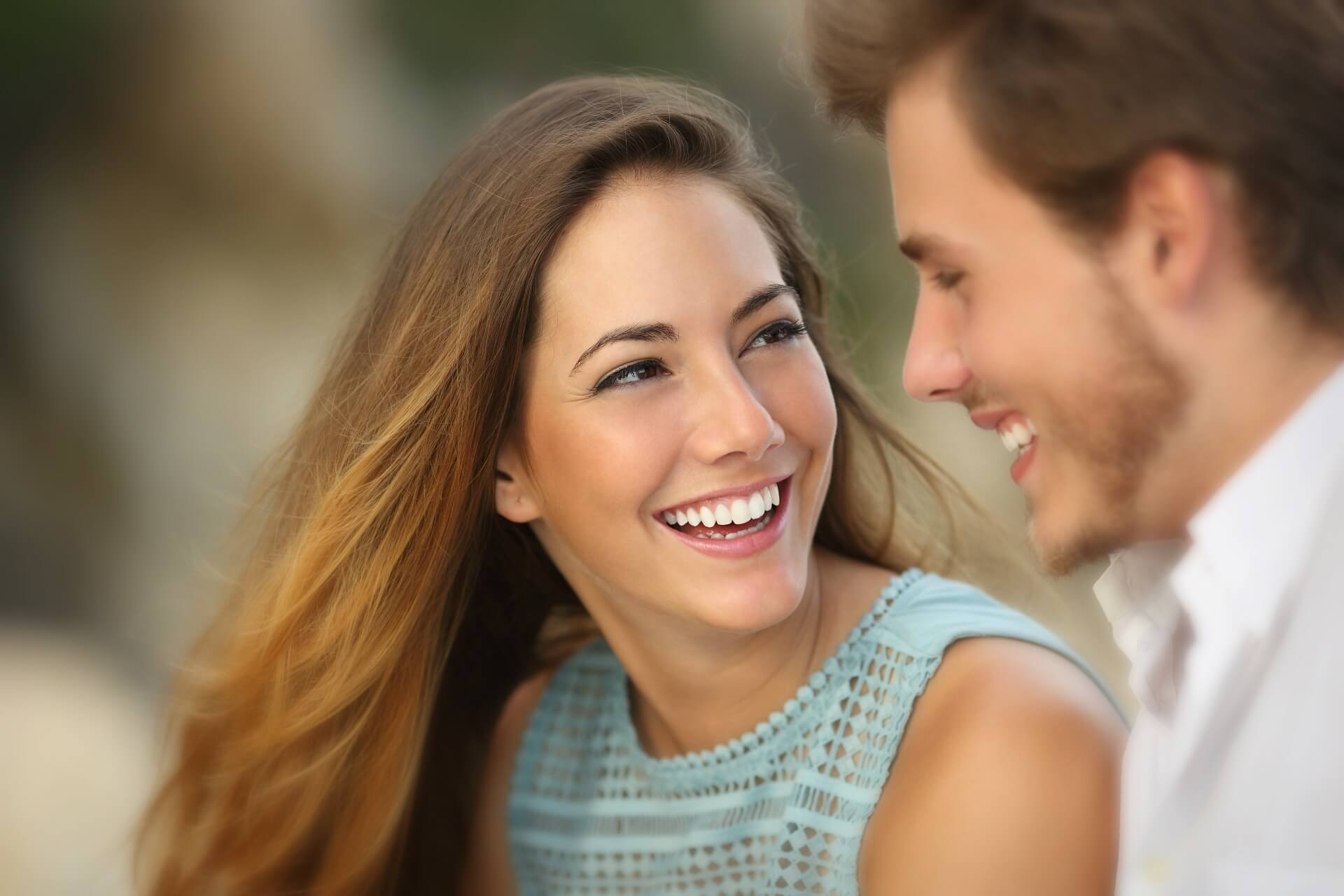 SENTIMENTE5_flirt nonverbal